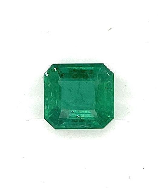 emerald-cut-6-carat-gem
