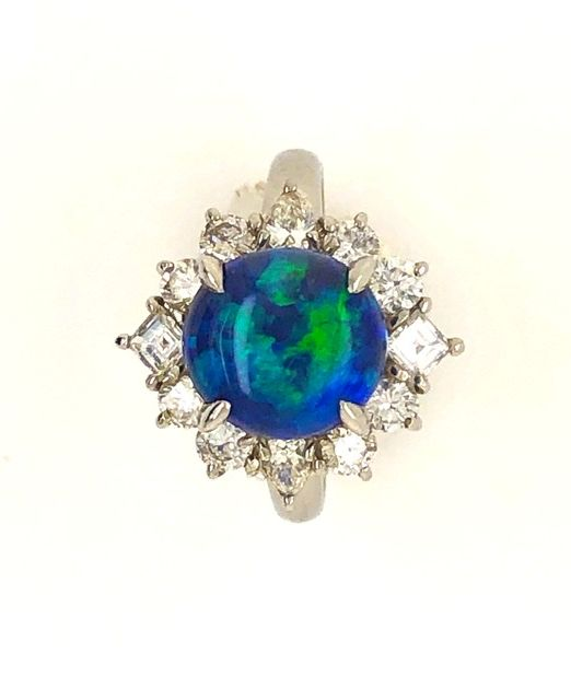Black-opal-ring-gemmy