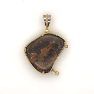 Yellow-gold-opal-pendant-reverse