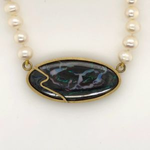 Yowah-opal-pearl-necklace-brushed-gold