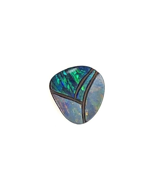 Boulder-opal-carving-red-blue-gem