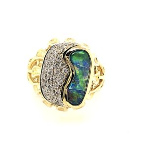 Boulder-opal-yellow-gold-ring-green
