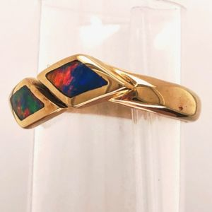 Open-kites-inlay-ring-adjustable-side-red
