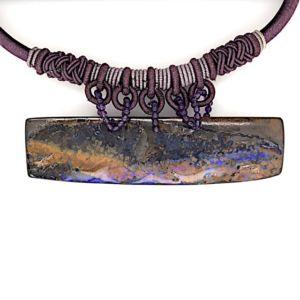 Boulder-opal-silk