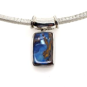 Silver-boulder-opal-cord