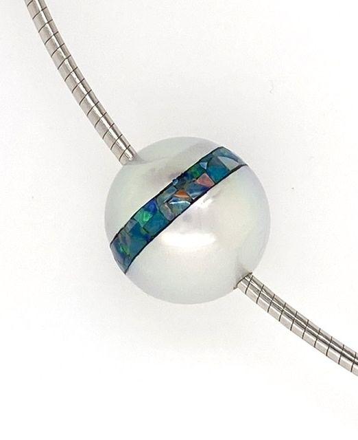 Pearl-inlaid-mosaic-Opal-gold