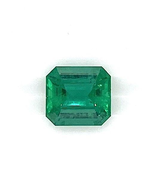 Nova-era-gem-emerald