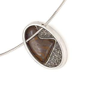 Kosmos-by-bolda-opal-pendant-reverse