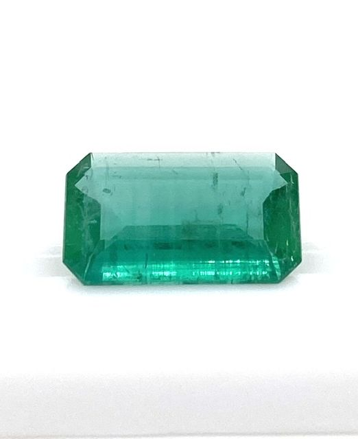 Big-Brazilian-emerald-rectangular-gem