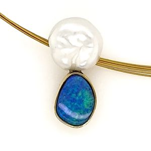 Boulder-opal-keshi-pearl-gold-pendant-bolda