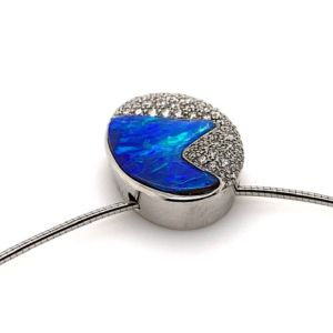 Kosmos-by-bolda-opal-pendant-slide-profile
