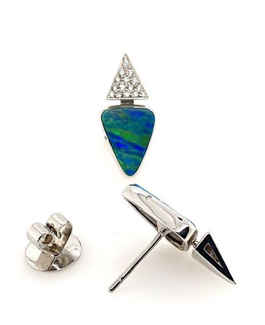 Boulder-opal-earrings-detail