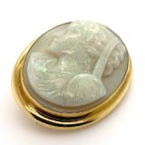 Opal-Cameo-gold-pendant-brooch-detail